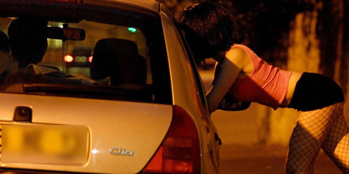 Should prostitution be legal? (Starting a conversation)