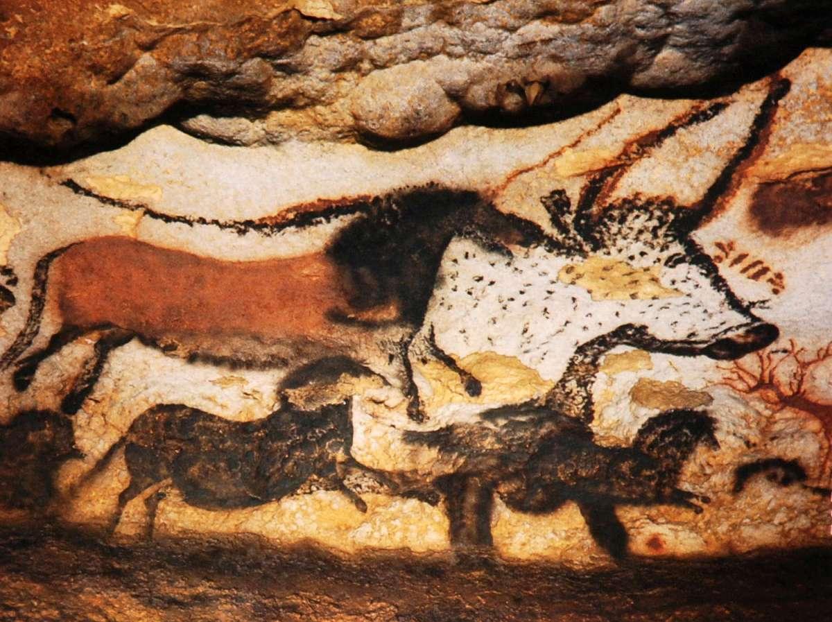 Why Did Homo Sapiens Evolve Into Artists?