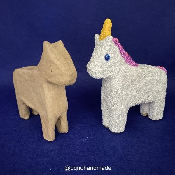 Caballo papel maché para pintar manualidades con unicornio foam clay