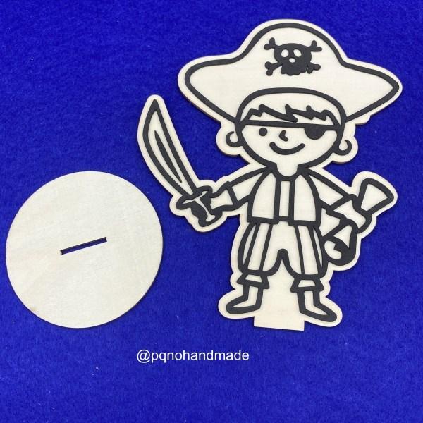 Pirata con sombrero de madera natural para pintar desmontado manualidades