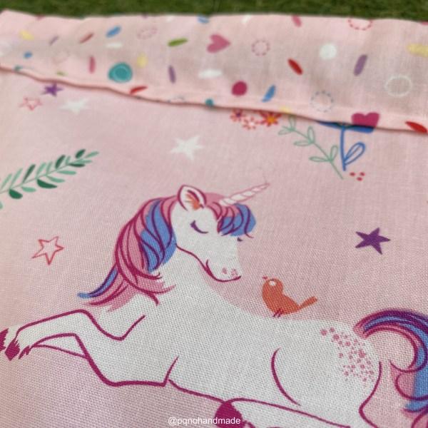 mochila cuerdas unicornio rosa tela algodon artesanal detalle