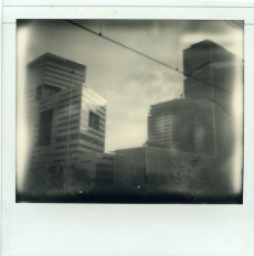 Zuidas, Polaroid Image 2 met Impossible Project PZ Silver Shade