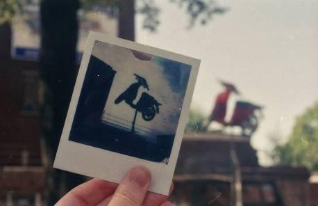 Olympus OM-1 met Kodak Gold 200 film.