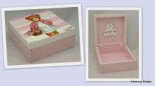 pudełko z misiem dziewczynką
