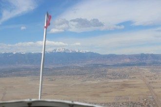 Release occurred at 2,500'. Upon release the tow plane turns left and glider turns right.