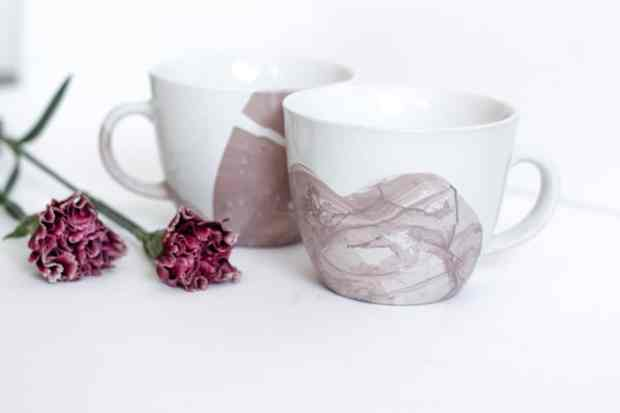 These water marbled mugs make the prettiest valentine's gift.