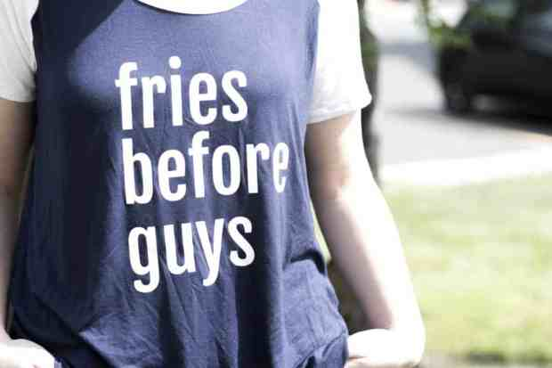 Creating your own shirt is so easy with the Cricut! My sister wanted this 'Fries Before Guys' shirt and it was a super easy gift.