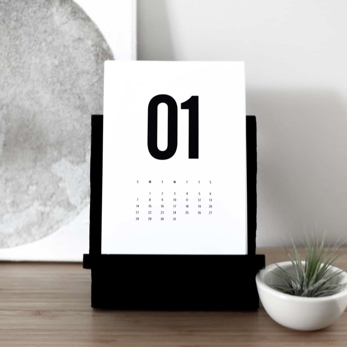 DIY Calendar Stand (With Free Calendar Printable by Flinthouse Design!)