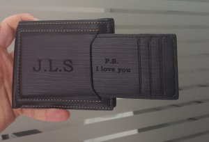 personalized leather wallet valentine's day boyfriend gift idea