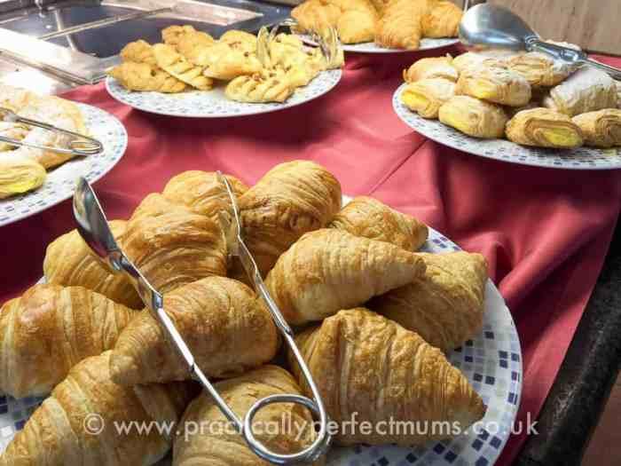 Plenty of food & drink to choose from at Marconfort Benidorm Suites Hotel