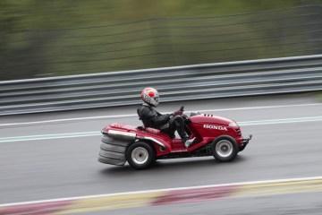 Honda Mean Mower Eau Rouge