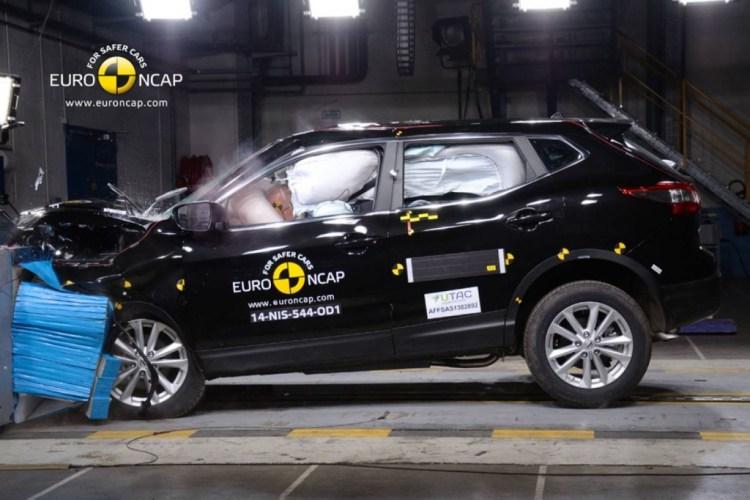 Nissan Qashqai scores five stars ANCAP