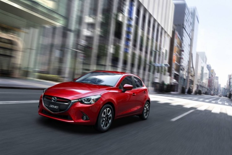 2015 Mazda2 revealed