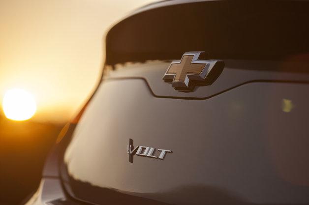 New Chevrolet Volt image teased on social media