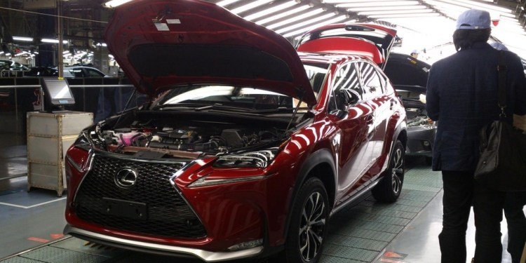 Lexus NX300h begins production