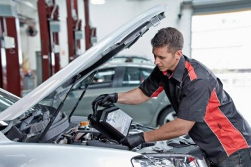 Holden announces capped price servicing