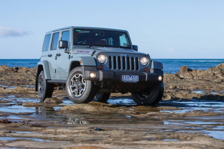 2017 Jeep Wrangler to stay body-on-frame