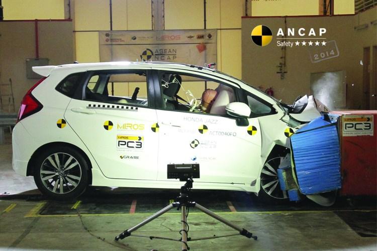2015 Honda Jazz gets 5 star ANCAP rating