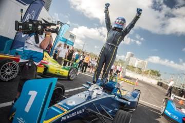 Nicolas Prost wins Formaula E round
