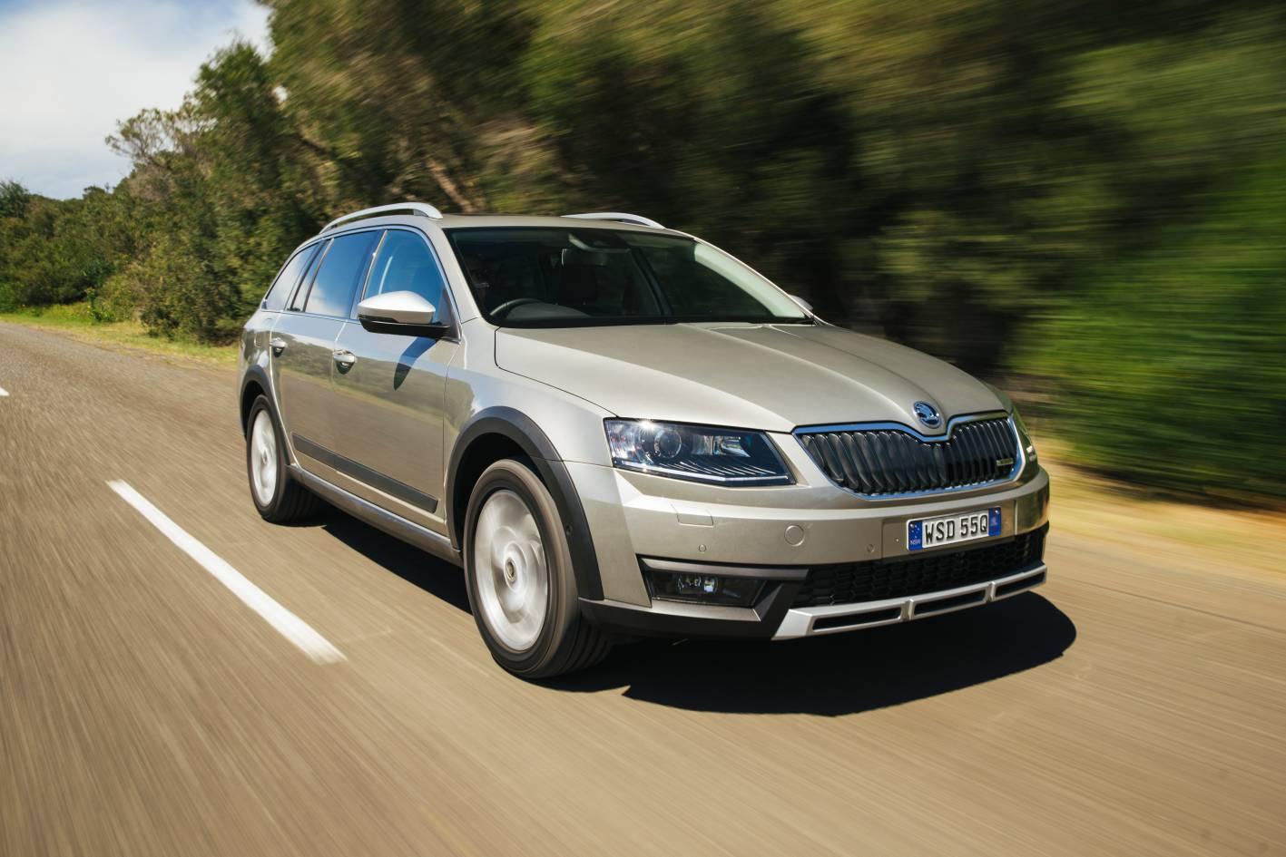 2015 skoda octavia scout 4x4 review practical motoring. Black Bedroom Furniture Sets. Home Design Ideas
