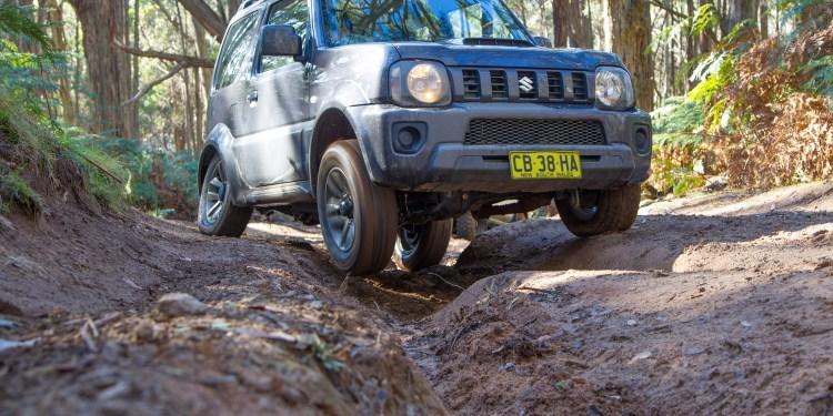 2015 Suzuki Jimny Sierra review