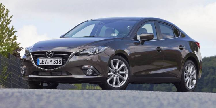 2015 Mazda3 SP25 Astina review