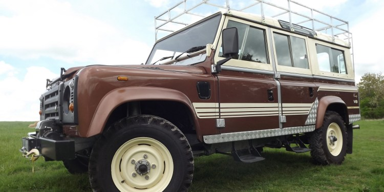 Land Rover 110 Country Wagon