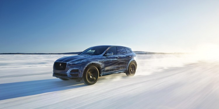 2016 Jaguar F-PACE in extreme weather test