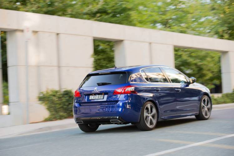 2015 Peugeot 308 GT car review