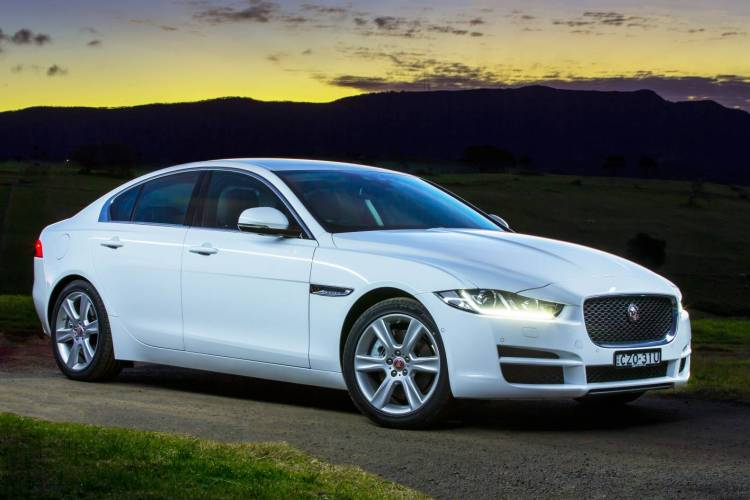 2015 Jaguar XE car review