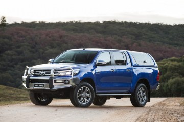 2016 Toyota HiLux official accessories announced