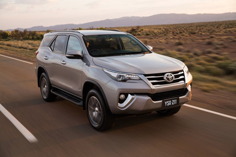 Reader Help Will A Toyota Fortuner Tow A 19ft Caravan Practical Motoring