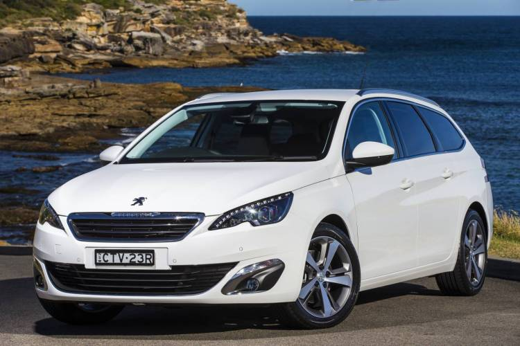 2015 Peugeot 308 Allure Touring car review