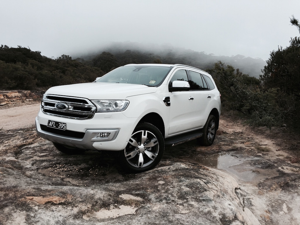 2016 ford everest titanium review practical motoring. Black Bedroom Furniture Sets. Home Design Ideas