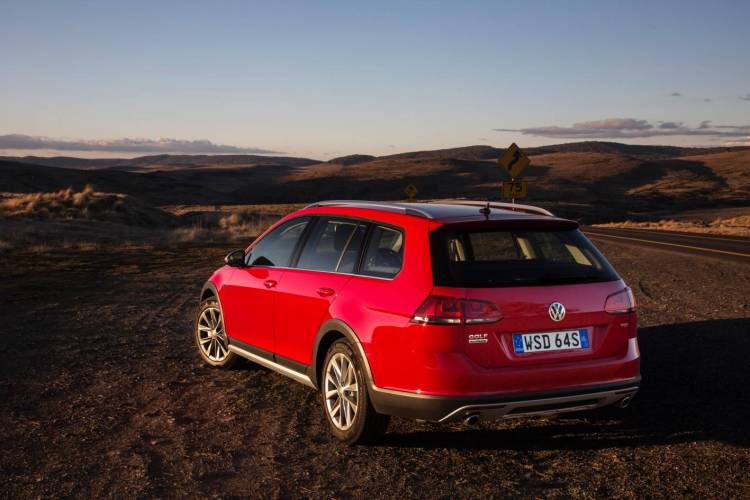 golf alltrack review