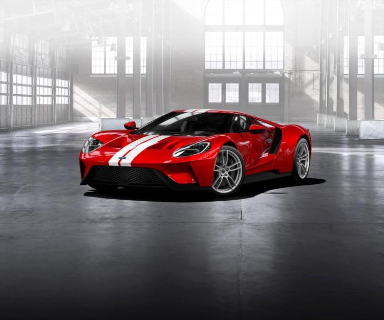 The Ford GT supercar will stay on-sale for another two years following the brand's decision to stick with endurance racing.