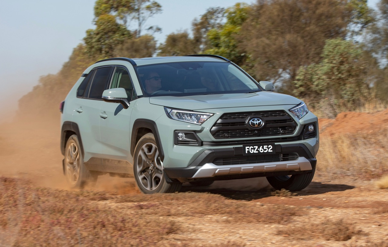Should Your Suv Be All Wheel Drive Or Two Wheel Drive Practical Motoring
