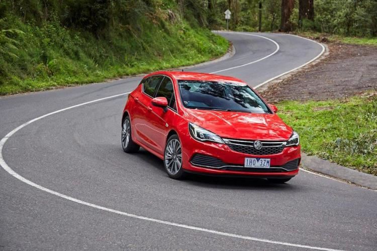 2017 Holden Astra review