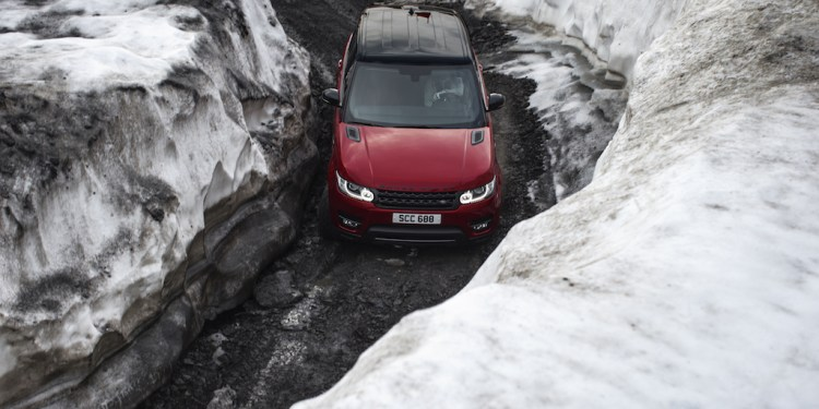 Range Rover Sport skies down mountain in Switzerland... sort of