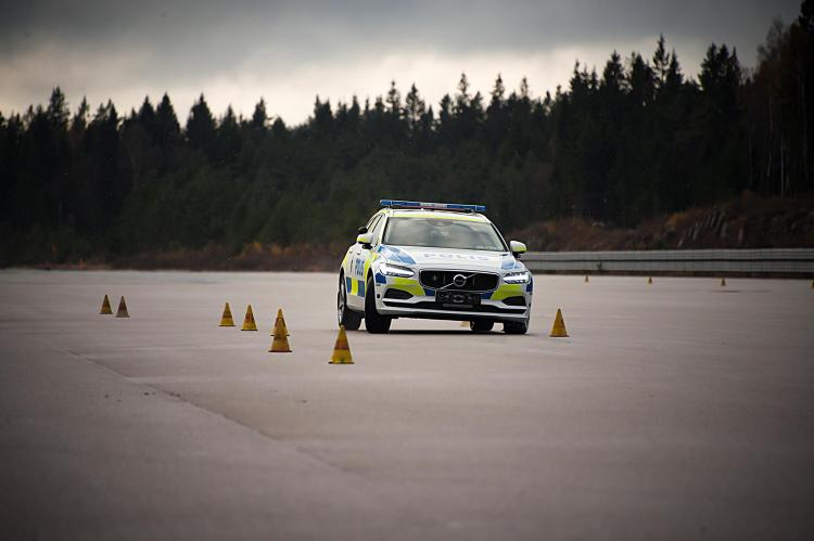 Volvo V90 to become Swedish police patrol car