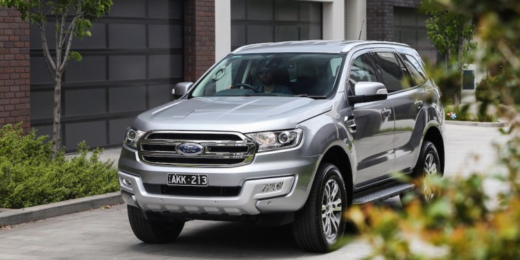2017 Ford Everest 2WD review
