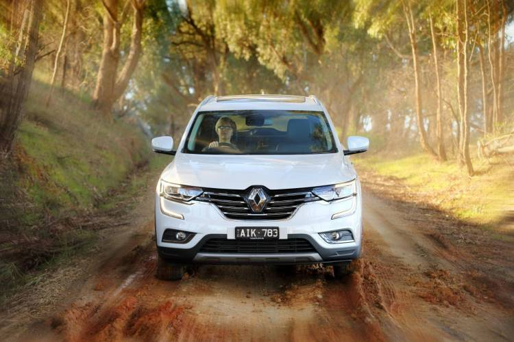 2016 Renault Koleos Review by Practical Motoring