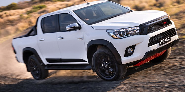 2018 Toyota HiLux SR5 TRD Review