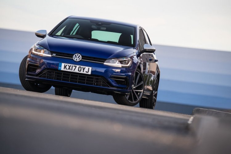 Golf R Review by Practical Motoring