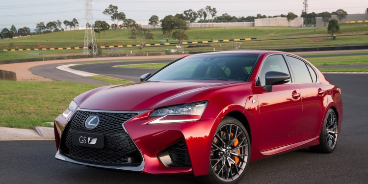 2017 Lexus GS F Review