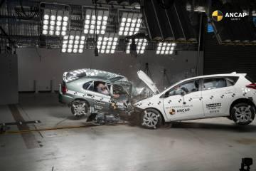 ANCAP crashes Toyota Corollas