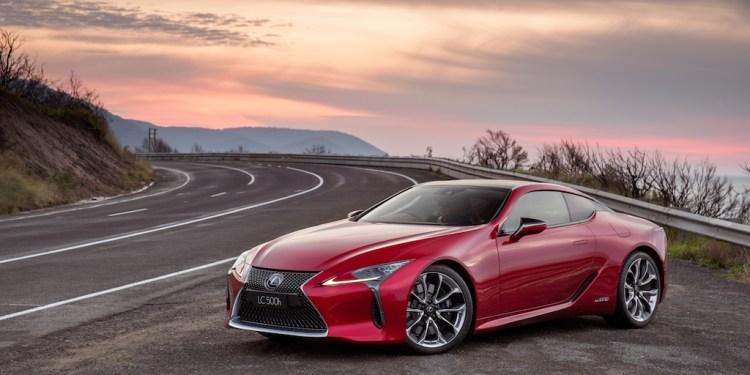 2017 Lexus LC500 Review