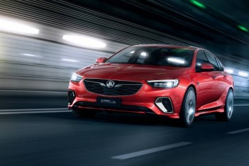 2018 Holden Commodore VXR revealed