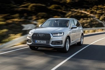 The all-new Audi Q7 e-tron quattro will arrive in Australia in January 2018.