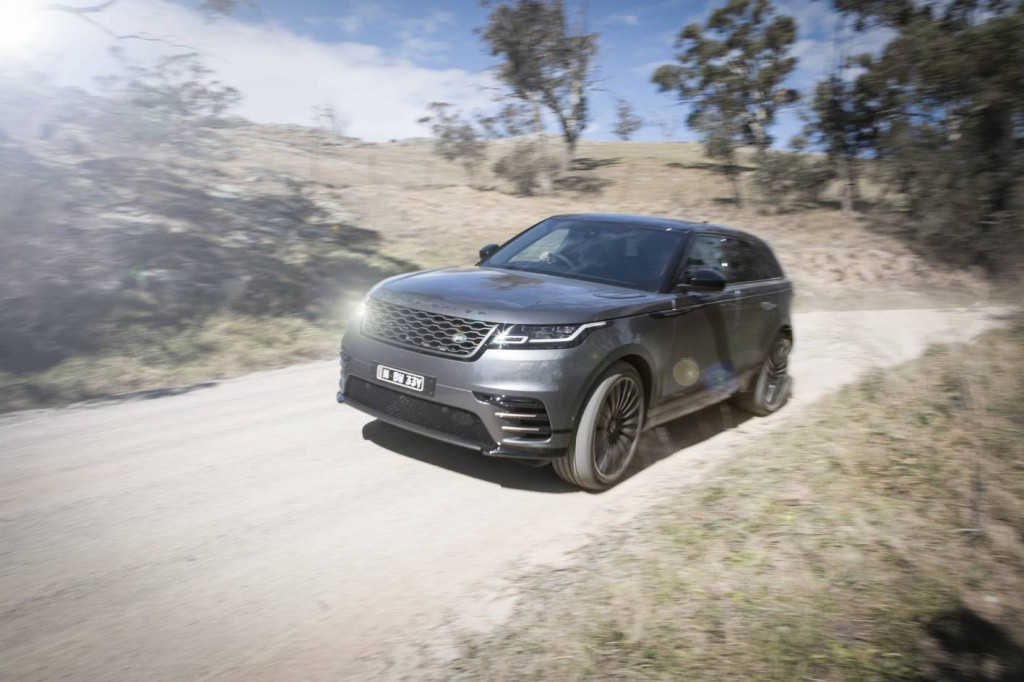 2018 range rover velar d240 r dynamic se review. Black Bedroom Furniture Sets. Home Design Ideas